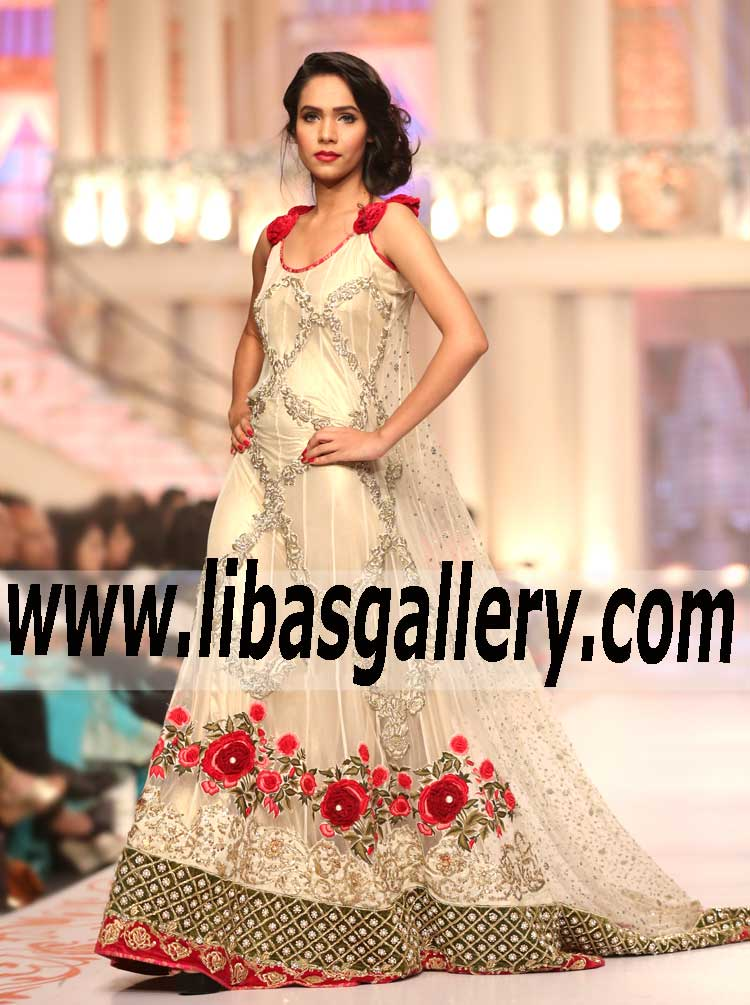 Party maxi dresses in pakistan
